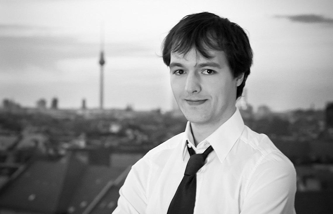 Christian Zepezauer, Alumni